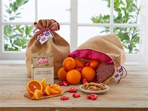 Family Traditions Pack - Hale Groves - Fruit Baskets