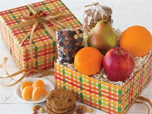 Apple, Pear, Orange and Tangerine Gift Box