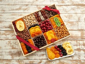 Grand Fruit Nut and Chocolate Gift Tray