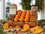 signature-giftbox-oranges-apples-pears-091918_01.jpg
