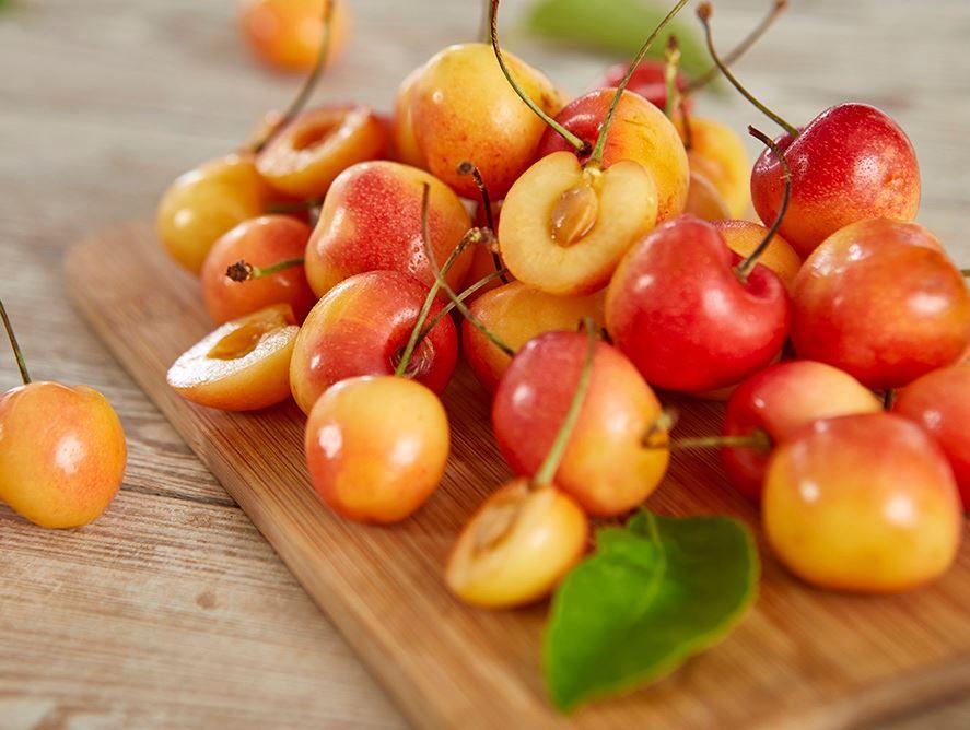 Rainier Cherries: Blonde Rainier Cherries For Sale Online